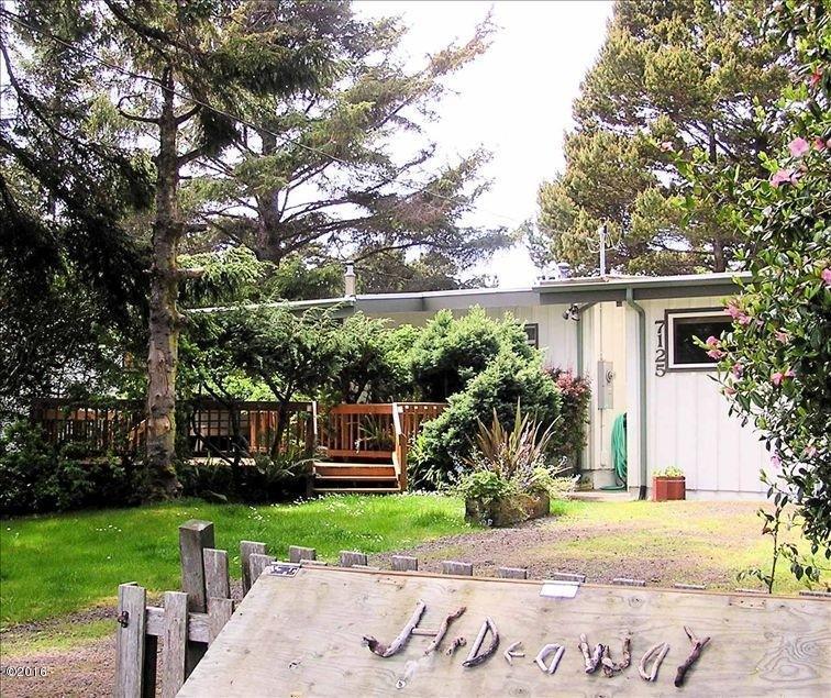 7125 Salal Avenue, Gleneden Beach, OR 97388 - Front of Hideaway