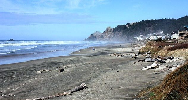 Beach Frontage In Lincoln City