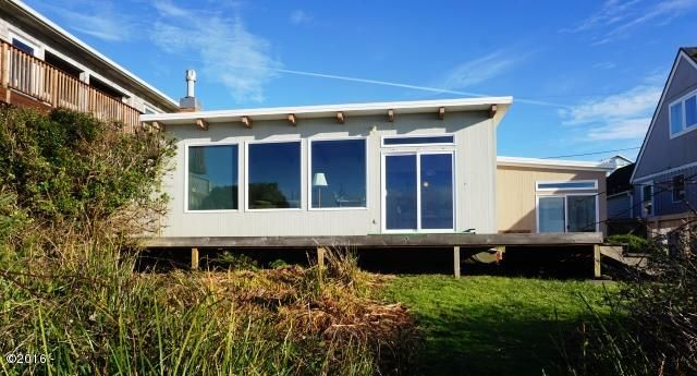 6231 NW Logan Road, Lincoln City, OR 97367 - West Facing House