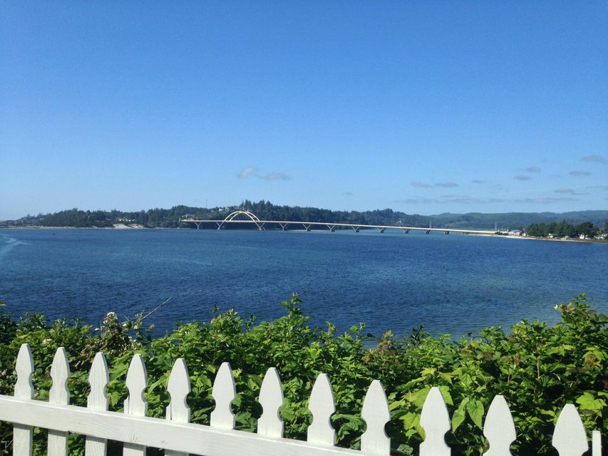 700 SW Pacific Coast Hwy, Waldport, OR 97394 - Lot View