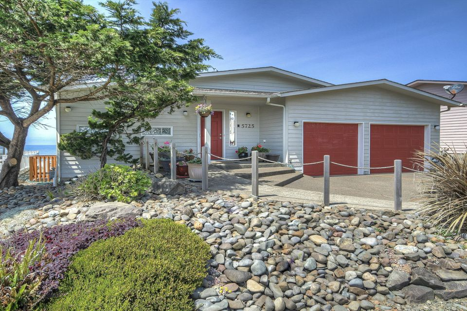 5725 El Mar Ave, Lincoln City, OR 97367 - Front Of Home