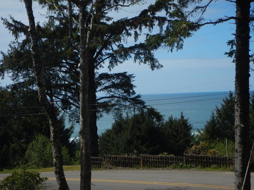 7800 NW Logan Rd, Lincoln City, OR 97367 - Ocean views