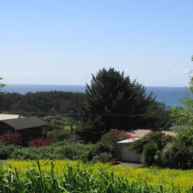 315 Radar Road, Yachats, OR 97498 - Ocean view lot