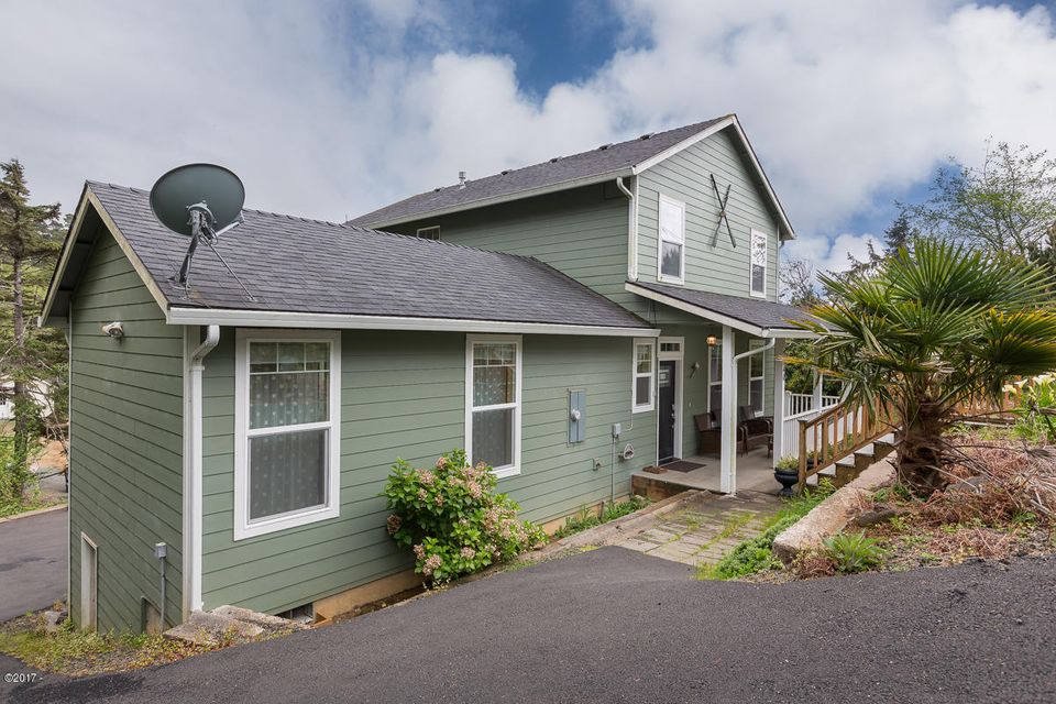 7340 Neptune Ave, Gleneden Beach, OR 97388 - 7340Neptune-01