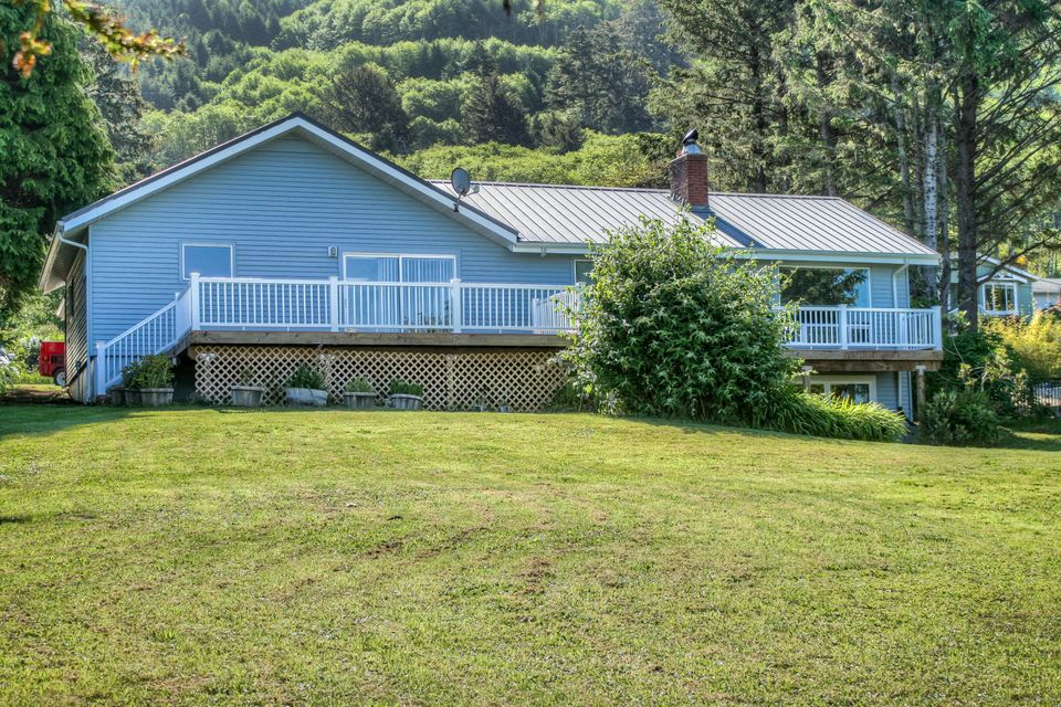 1340 US-101, Yachats, OR 97498 - Corbin Ext. best