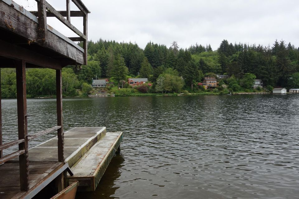 2887 NE Loop, Otis, OR 97368 - lake Front Cabin