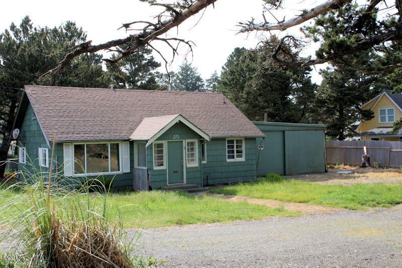 25 NW Sunset  St., Depoe Bay, OR 97341 - Exterior