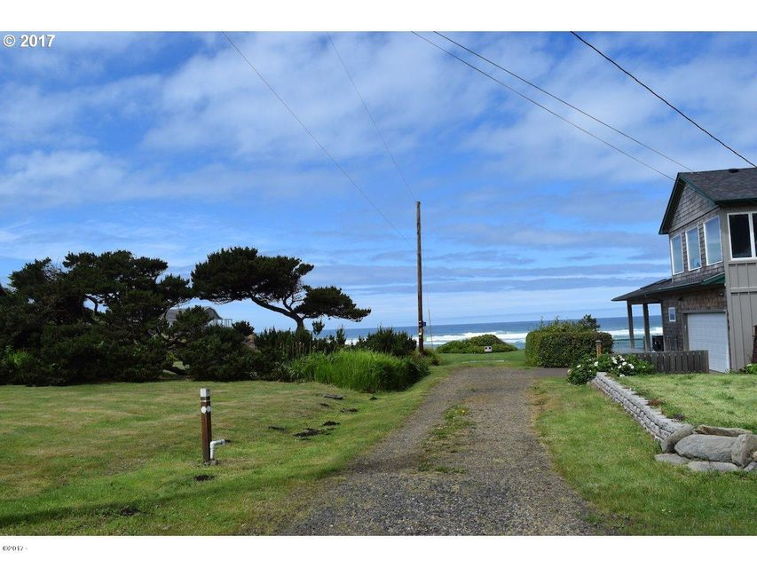 2900 NW Willa St, Yachats, OR 97498 - beach access