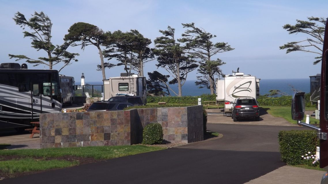 6225 N. Coast Hwy Lot 154, Newport, OR 97365 - Lot 154 view from front of lot 6-23-17