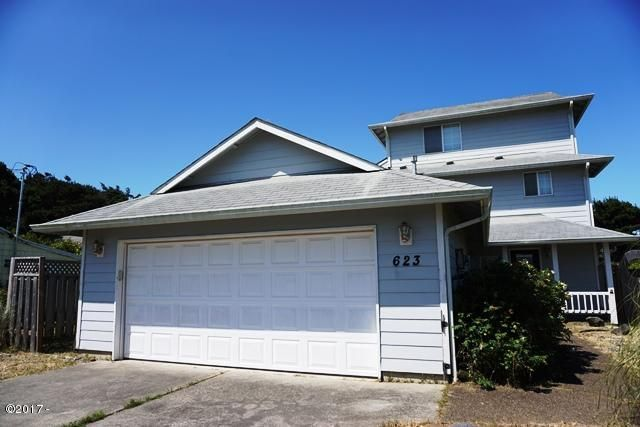 623 SW Ebb Ave, Lincoln City, OR 97367 - Exterior