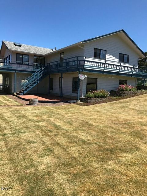 3335 Chinook Ave, Depoe Bay, OR 97341 - House