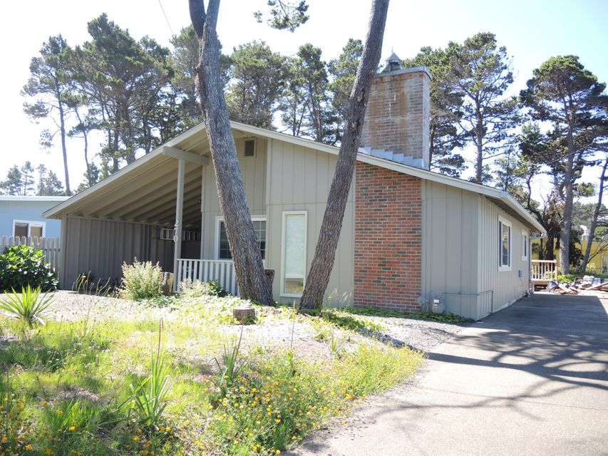 270 Shore Drive, Gleneden Beach, OR 97388 - front