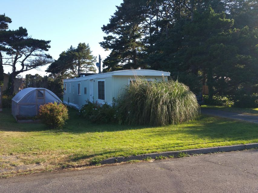 343 W 3rd St, Yachats, OR 97498 - 343 3rd (2)