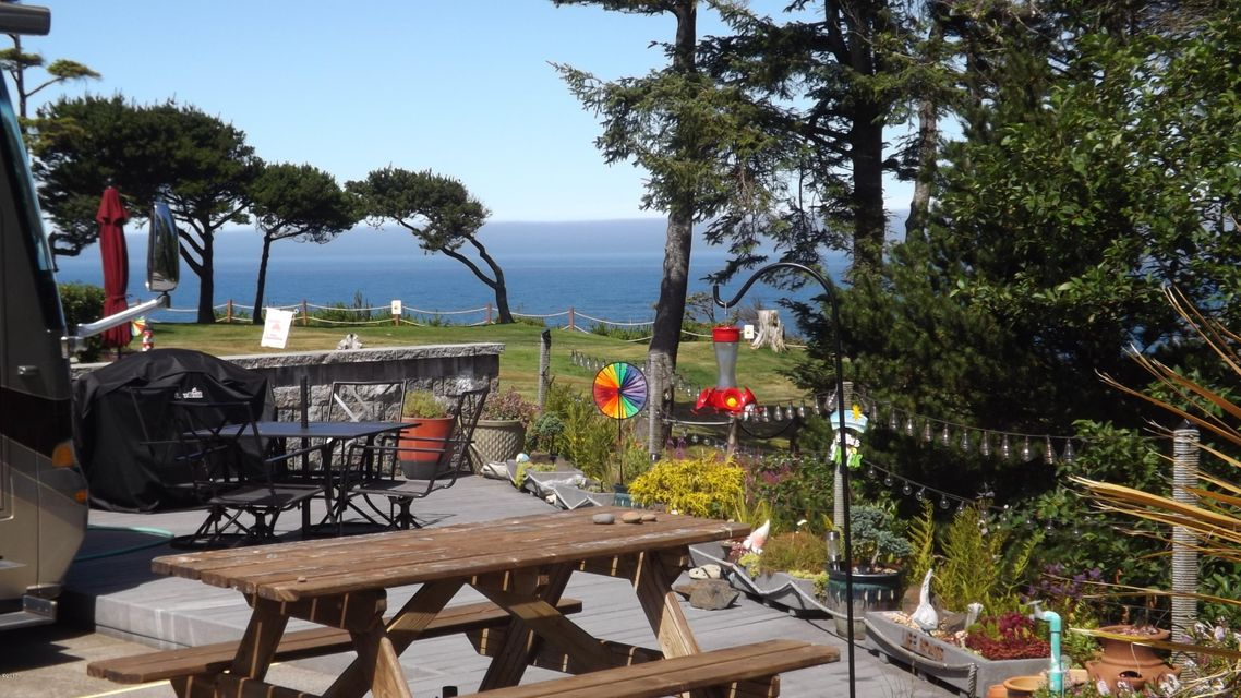 6225 N. Coast Hwy Lot 126, Newport, OR 97365 - Lot 126 Ocean view to the west 7-26-17