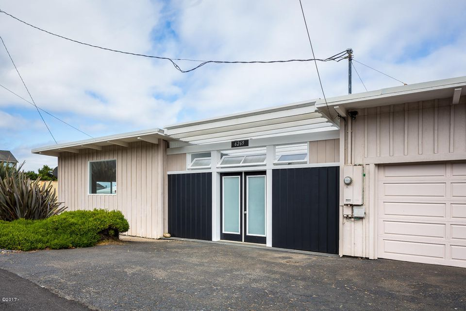 6269 NE Mast Ave., Lincoln City, OR 97367 - Exterior