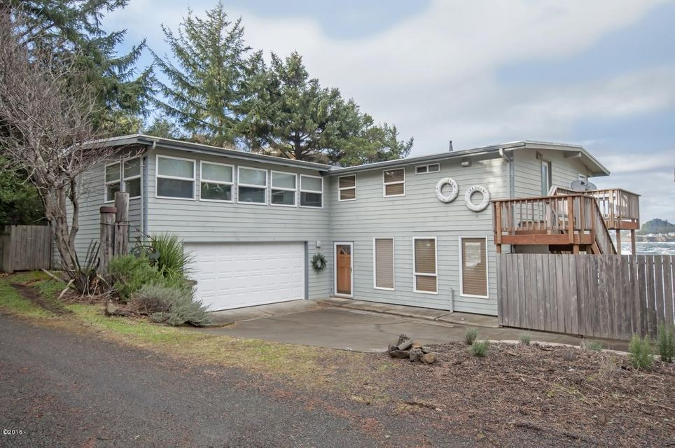 125 SW Crescent Street, Depoe Bay, OR 97341 - Exterior
