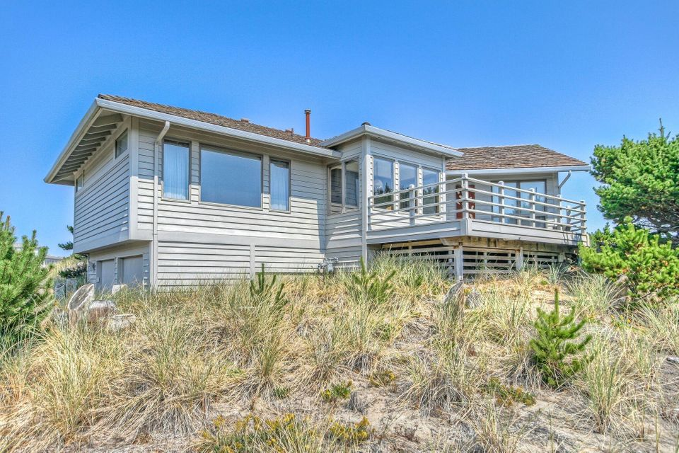 332 Salishan Dr, Lincoln City, OR 97367 - Salishan Bay Front One Level Home