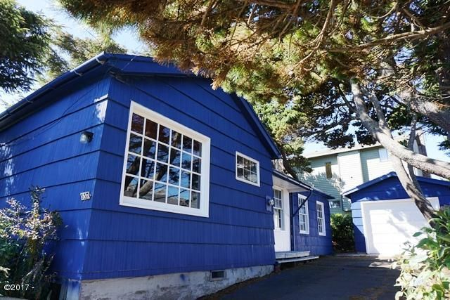 537 SW Ebb Ave, Lincoln City, OR 97367 - Sunny Exterior