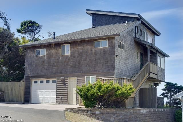 2627 SW Anchor Ave, Lincoln City, OR 97367 - Exterior