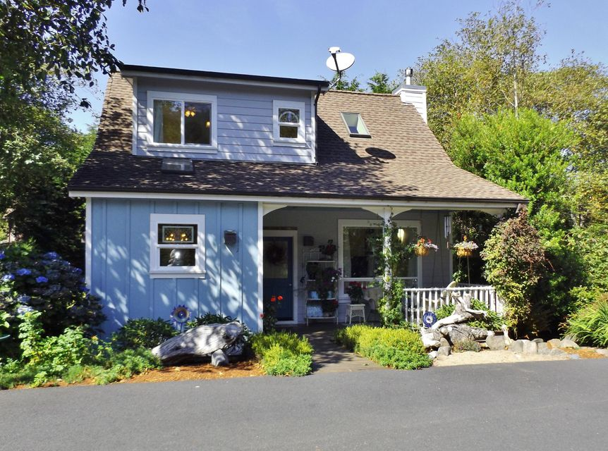2080 Overleaf Loop, Yachats, OR 97498 - Front of House