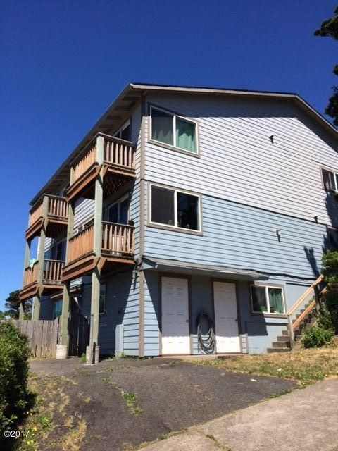 156 SW Brook St, Newport, OR 97365 - front