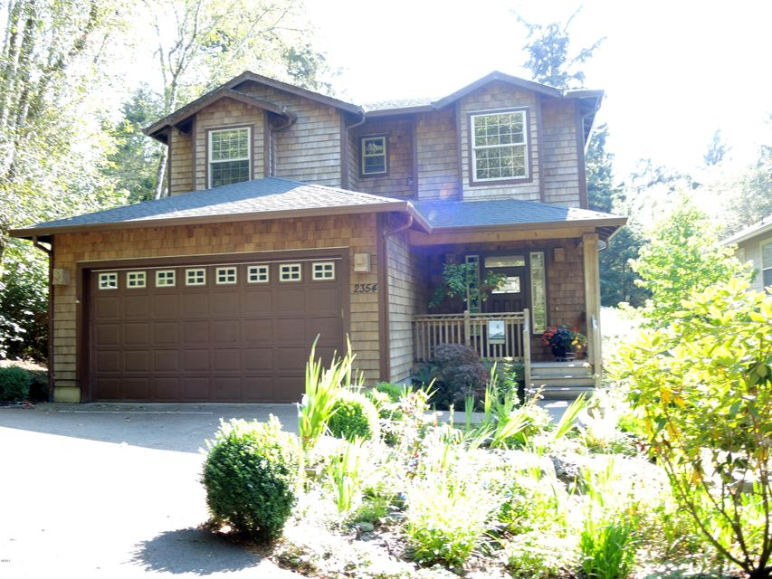 2354 NE Hotspur Lane, Lincoln City, OR 97367 - front