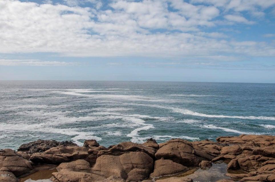 1123 N Hwy. 101, #1, Depoe Bay, OR 97341 - Ocean View 3 (1280x850)