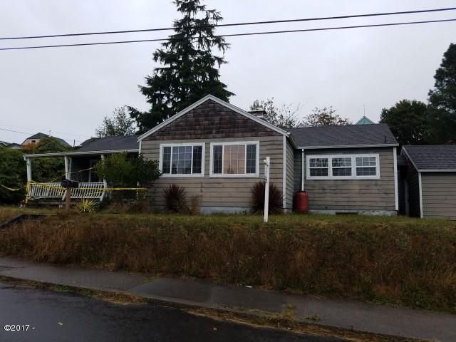 316 Lexington Ave, Astoria, OR 97103 - 20171010_101621 (Small)