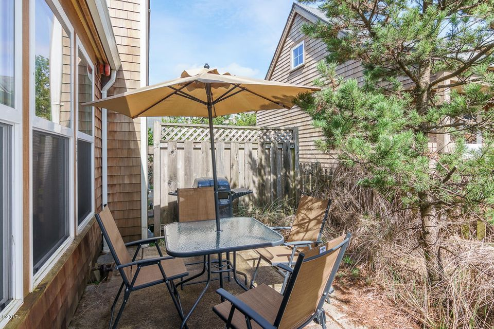 5902 Barefoot Ln, Pacific City, OR 97135 - 5902Barefoot-13
