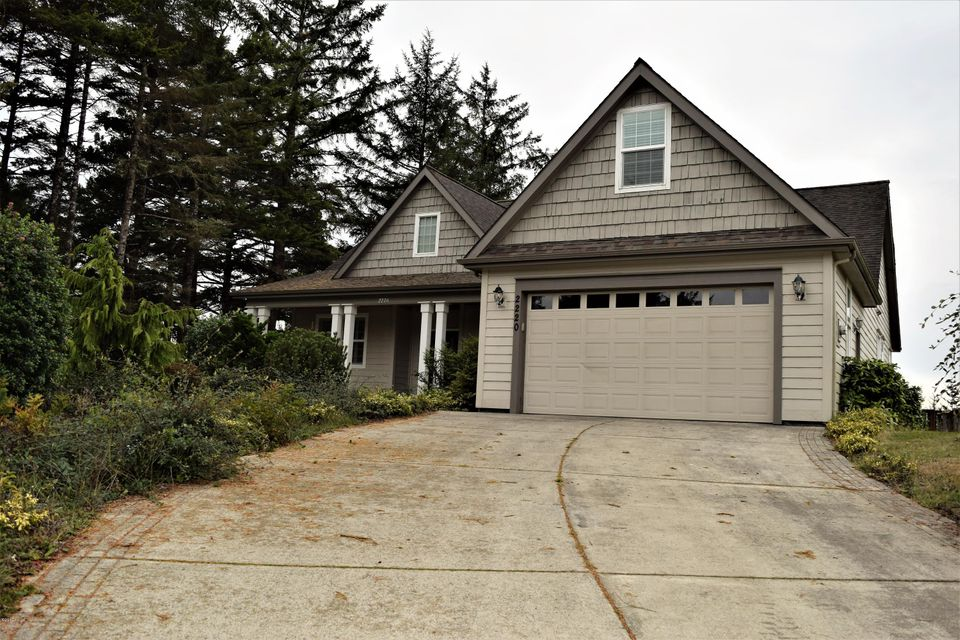 2220 NW Pine Crest Way, Waldport, OR 97394 - Front