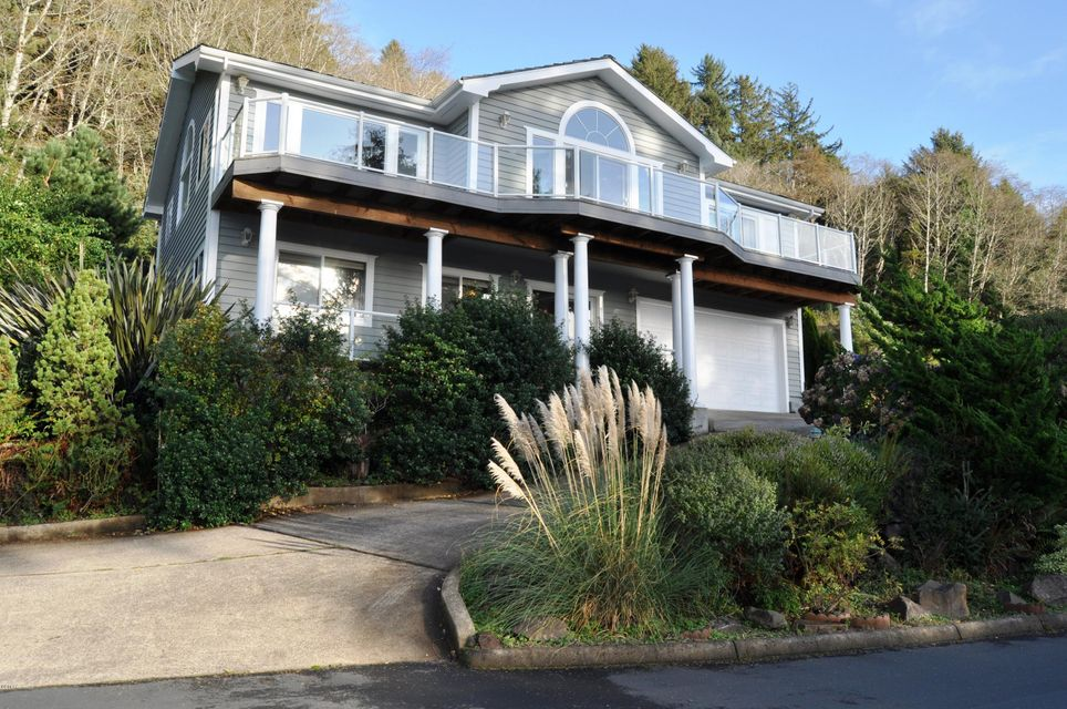 230 Sea Crest Way, Otter Rock, OR 97369 - West Facing on Sea Crest Way