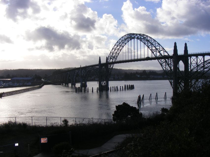 1148 SW Naterlin Dr, Newport, OR 97365 - bridge view