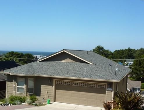 1611 NW 25th St, Lincoln City, OR 96367 - Ocean View Home