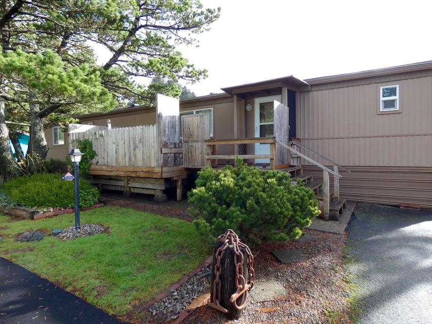923 SE Bay Blvd, 2, Newport, OR 97365 - Harbor Village Unit #2