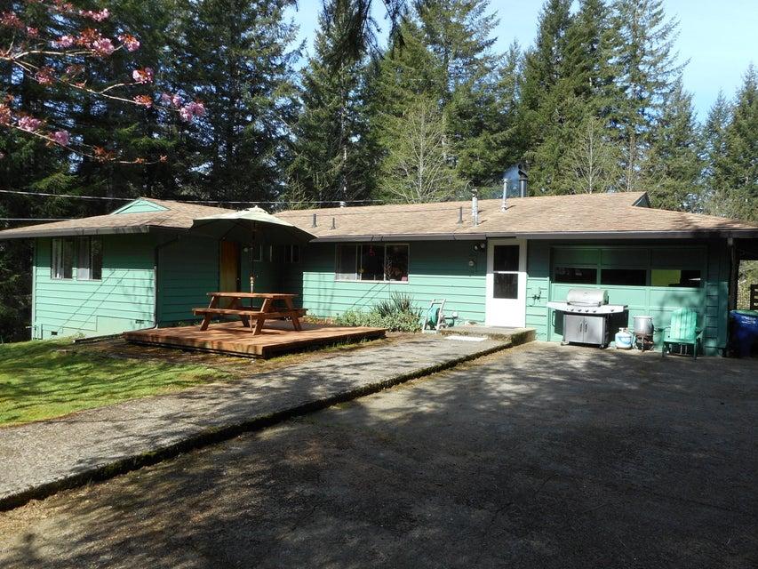 384 Schwarts Rd., Otis, OR 97368 - Front