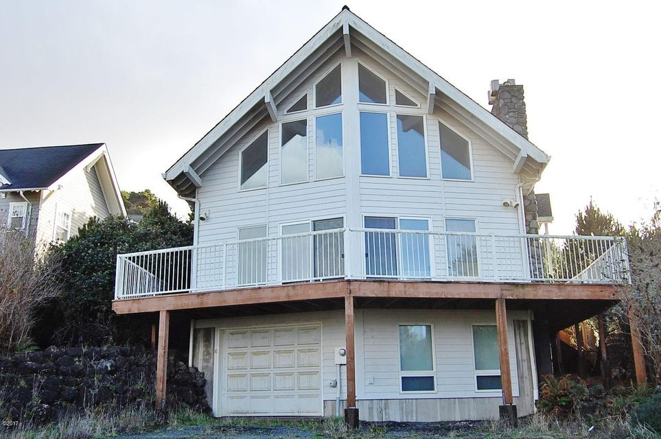 1930 NE 56th Dr, Lincoln City, OR 97367 - Front