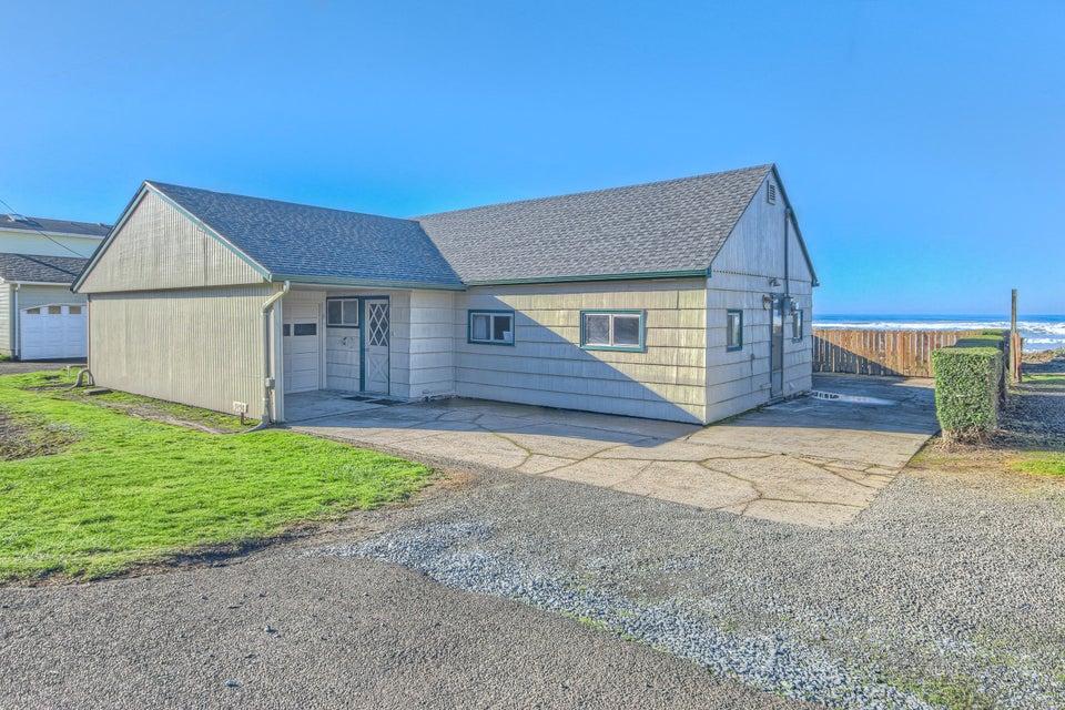 5198 SW Pacific Coast Hwy, Waldport, OR 97394 - 01-OCI-1-2