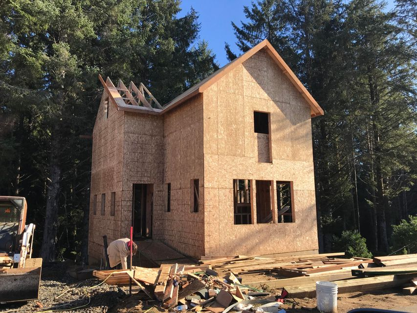 2452 SW Dune Ave, Lincoln City, OR 97367 - Under Construction