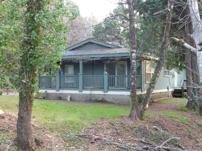 11628 SE Birch St, South Beach, OR 97366 - Front