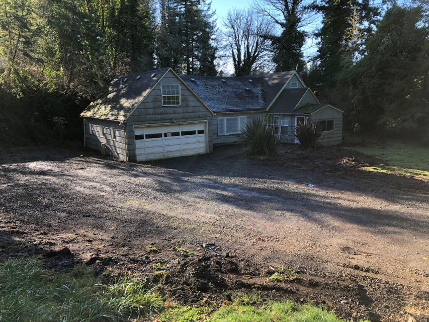 253 NE Burgess Rd, Toledo, OR 97391 - Front of Home
