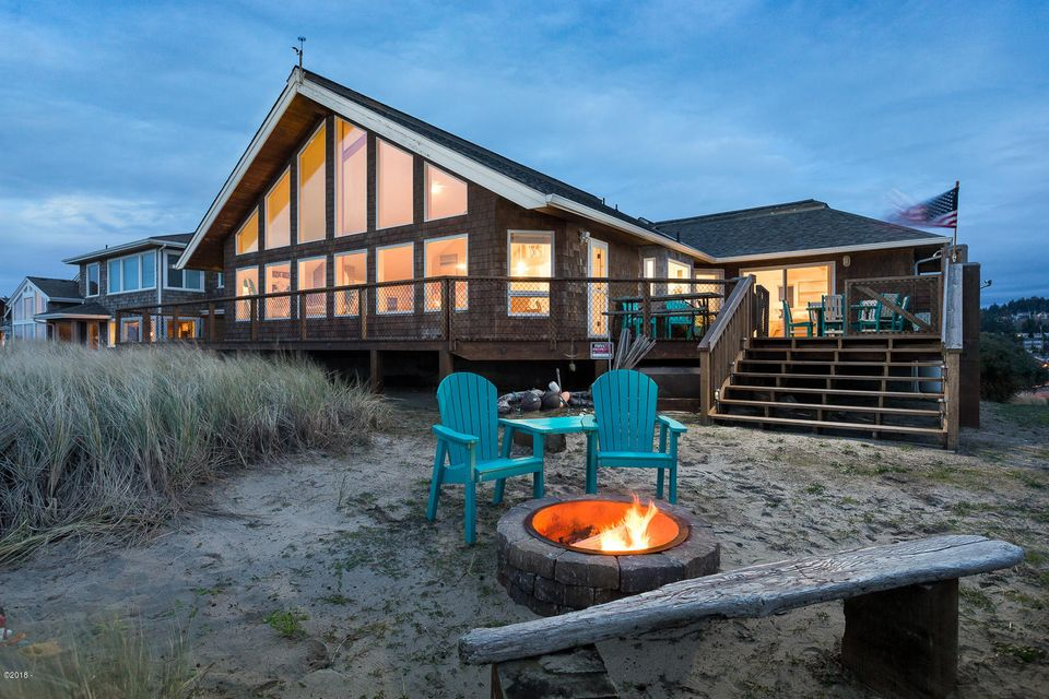 35360 Sunset Dr, Pacific City, OR 97135 - Exterior @ Dusk