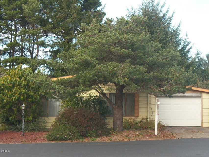 253 35th, Newport, OR 97365 - front