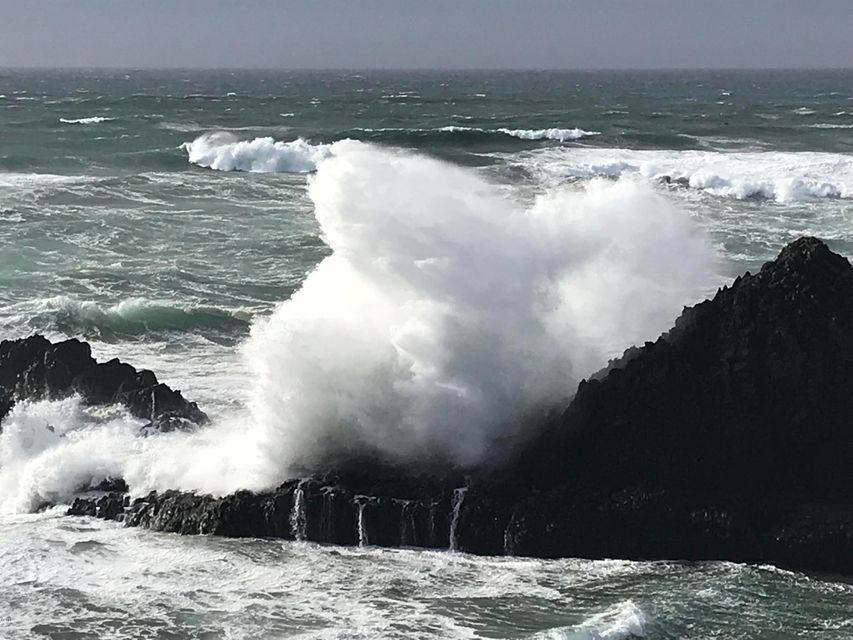 10298 NW US-101, Seal Rock, OR 97376 - Winter storm waves