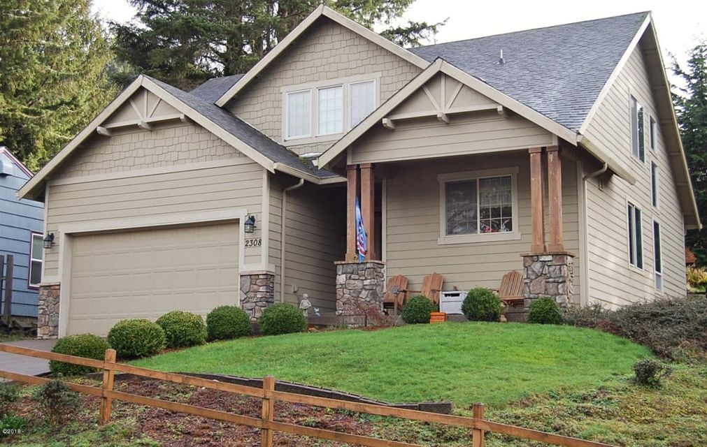 2308 NE 36th Dr, Lincoln City, OR 97367 - Front view
