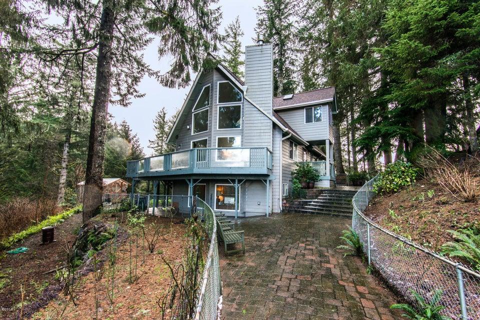 8385 NE Ridgecrest Ct, Otis, OR 97368 - Front of Home