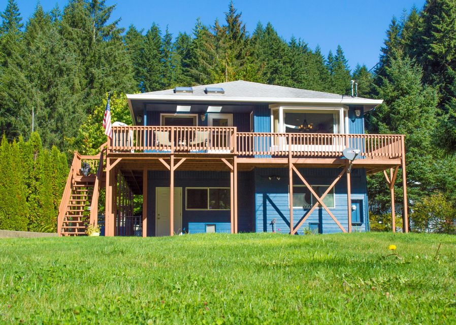 38 S Midway Ln, Lincoln City, OR 97367 - Front View