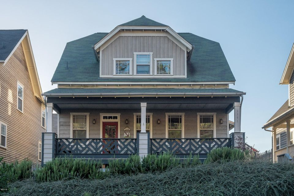 2591 SW Barnacle Ave, Lincoln City, OR 97367 - Front View