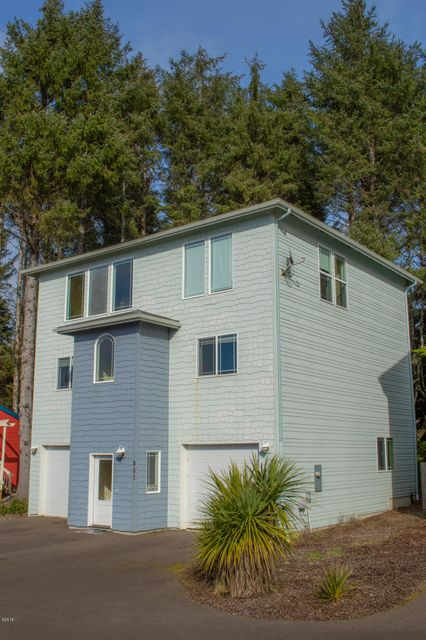 715 SW Bard Rd, Lincoln City, OR 97367 - Side View