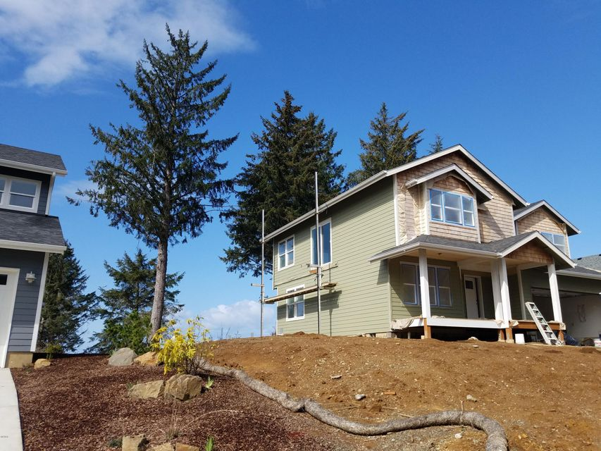 4125 SE Lee Ave, Lincoln City, OR 97367 - front