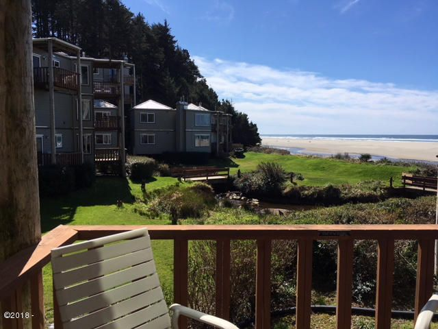 3641 NW Oceanview Drive, #110, Newport, OR 97365 - Deck View